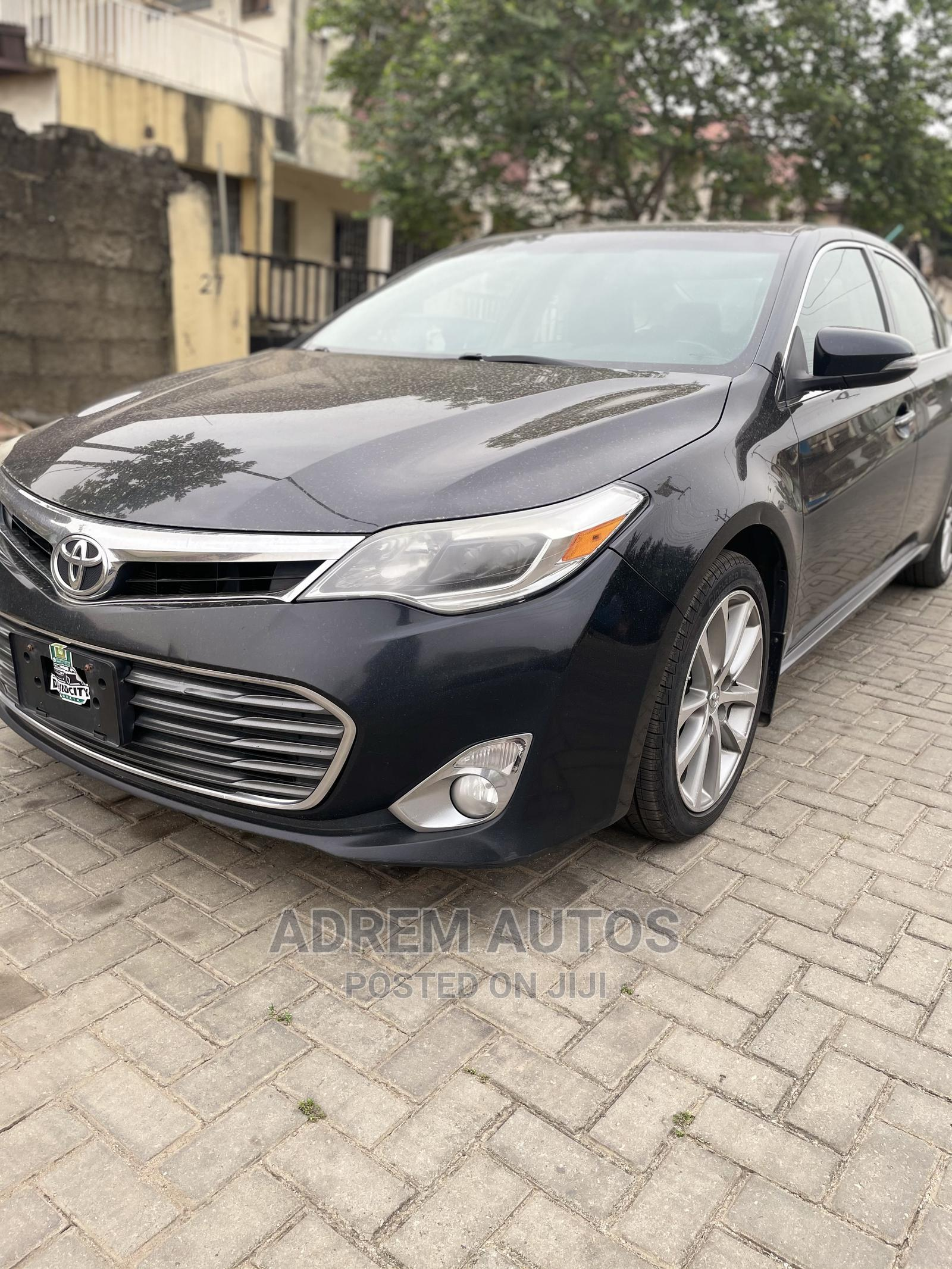 Toyota Avalon 2015 Black