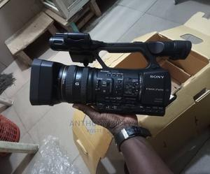 SONY Nx5 Whit Sdi Output   Photo & Video Cameras for sale in Lagos State, Ojo