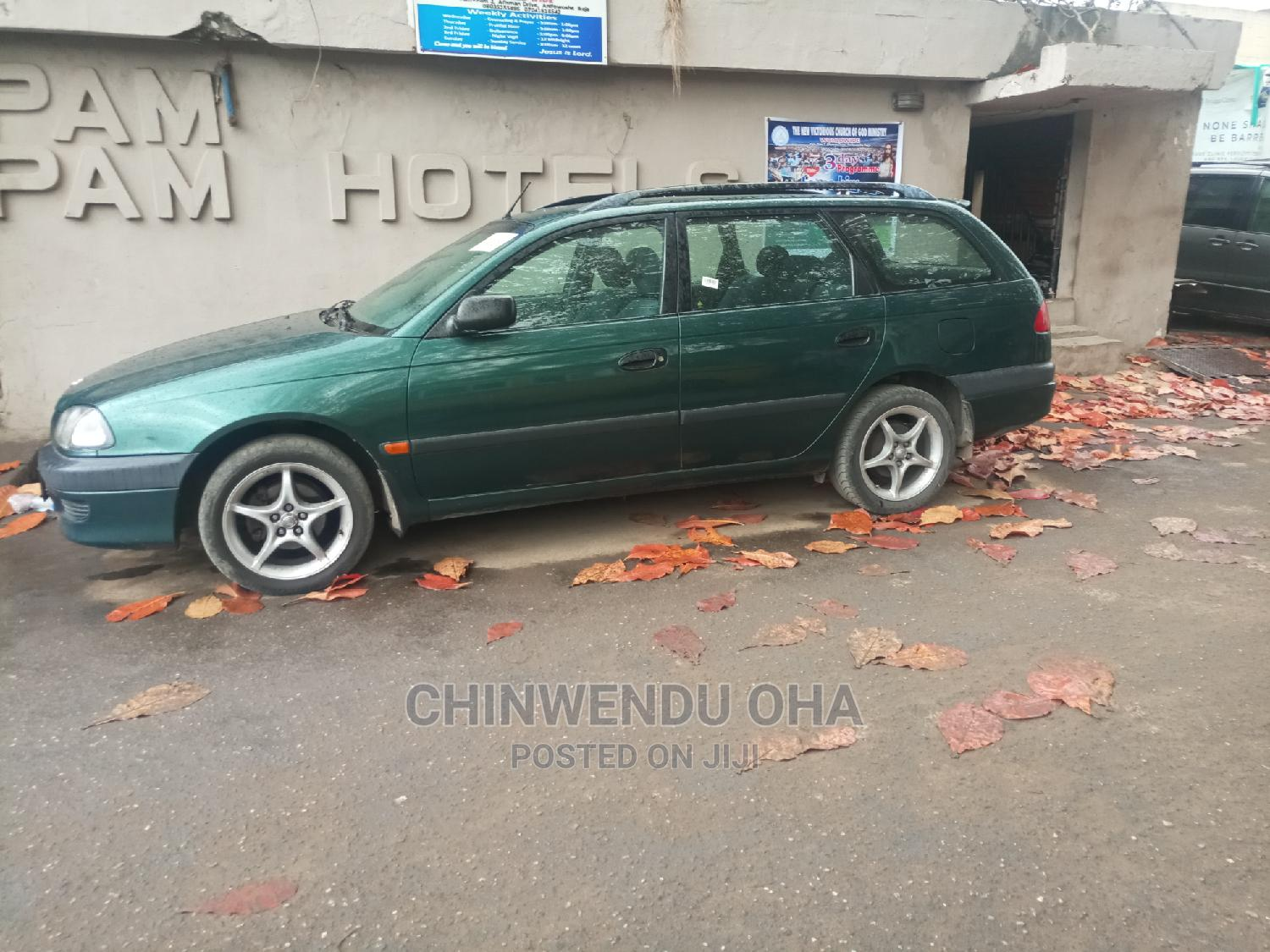 Archive: Toyota Avensis 2005 Green