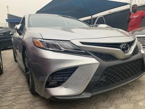 Toyota Camry 2018 SE FWD (2.5L 4cyl 8AM) Gray | Cars for sale in Lagos State, Amuwo-Odofin