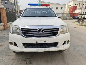 Toyota Hilux 2013 SR White | Cars for sale in Lagos State, Lekki