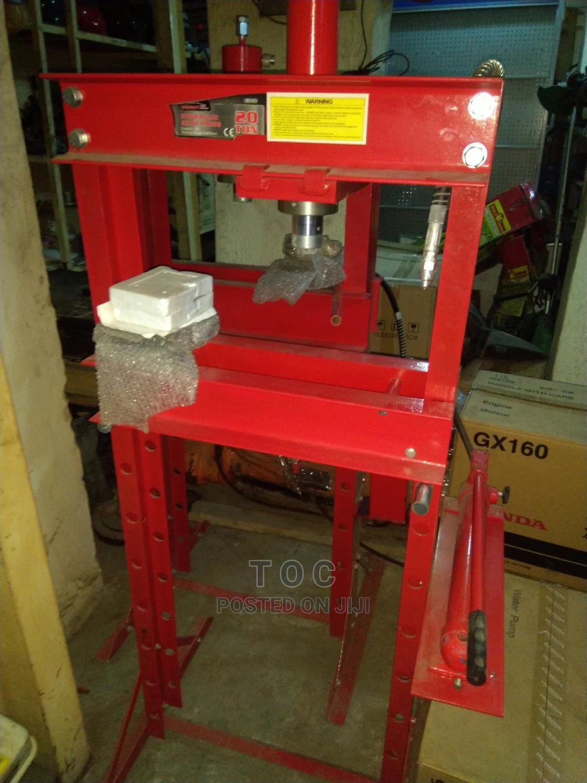 Archive: 30ton Hydraulic Shop Press