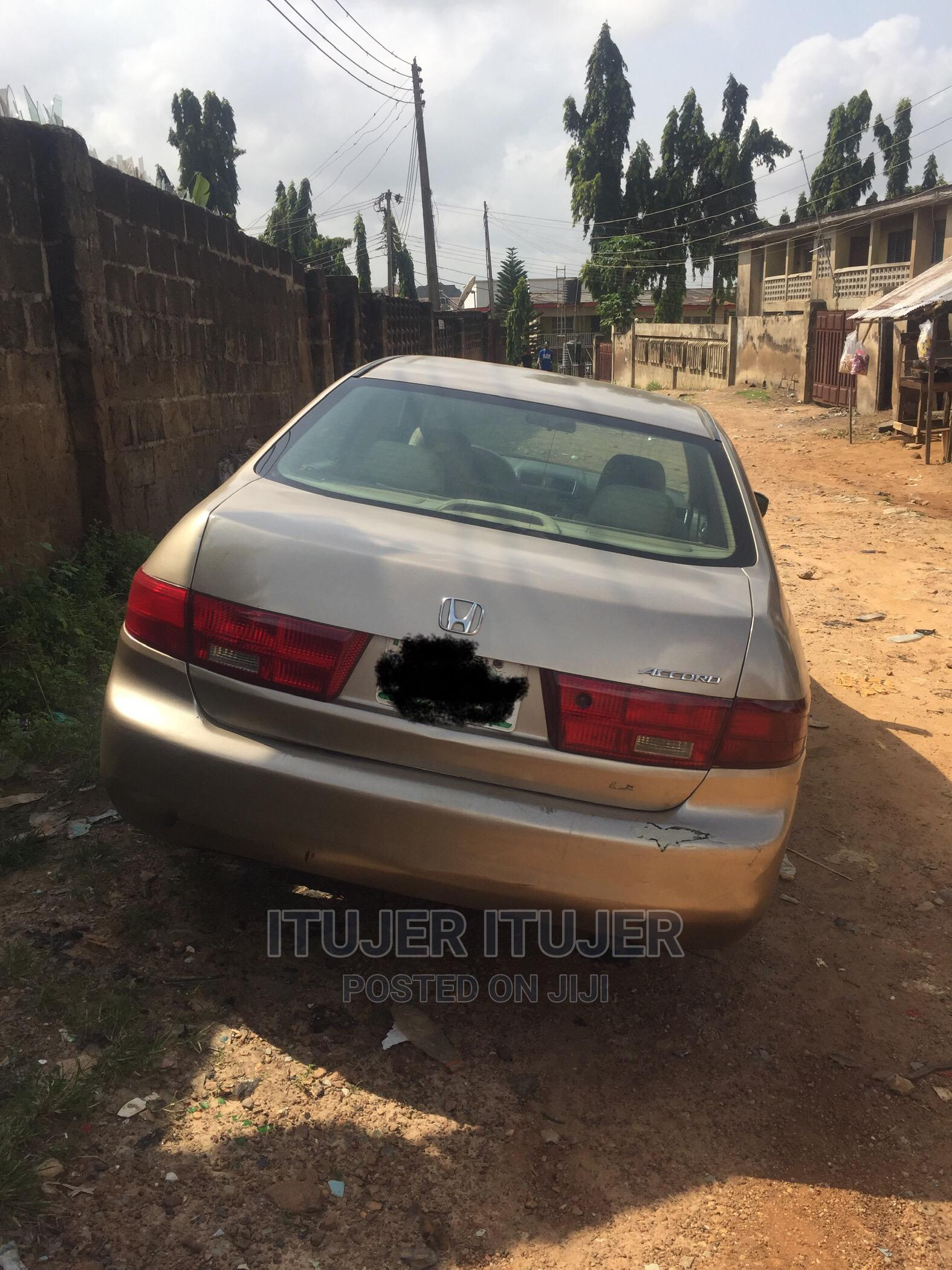 Archive: Honda Accord 2005 2.4 Type S Gold