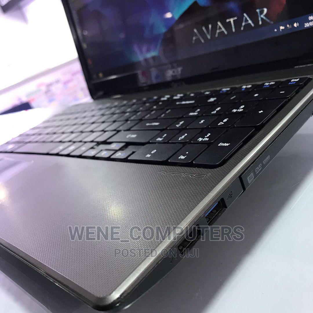 Archive: Laptop Acer Aspire E 4GB Intel 250GB