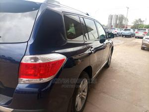 Toyota Highlander 2013 Limited 3.5L 2WD Blue | Cars for sale in Delta State, Oshimili South