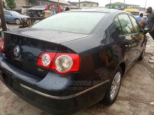 Volkswagen Passat 2007 2.0 FSi Comfortline Black | Cars for sale in Lagos State, Abule Egba