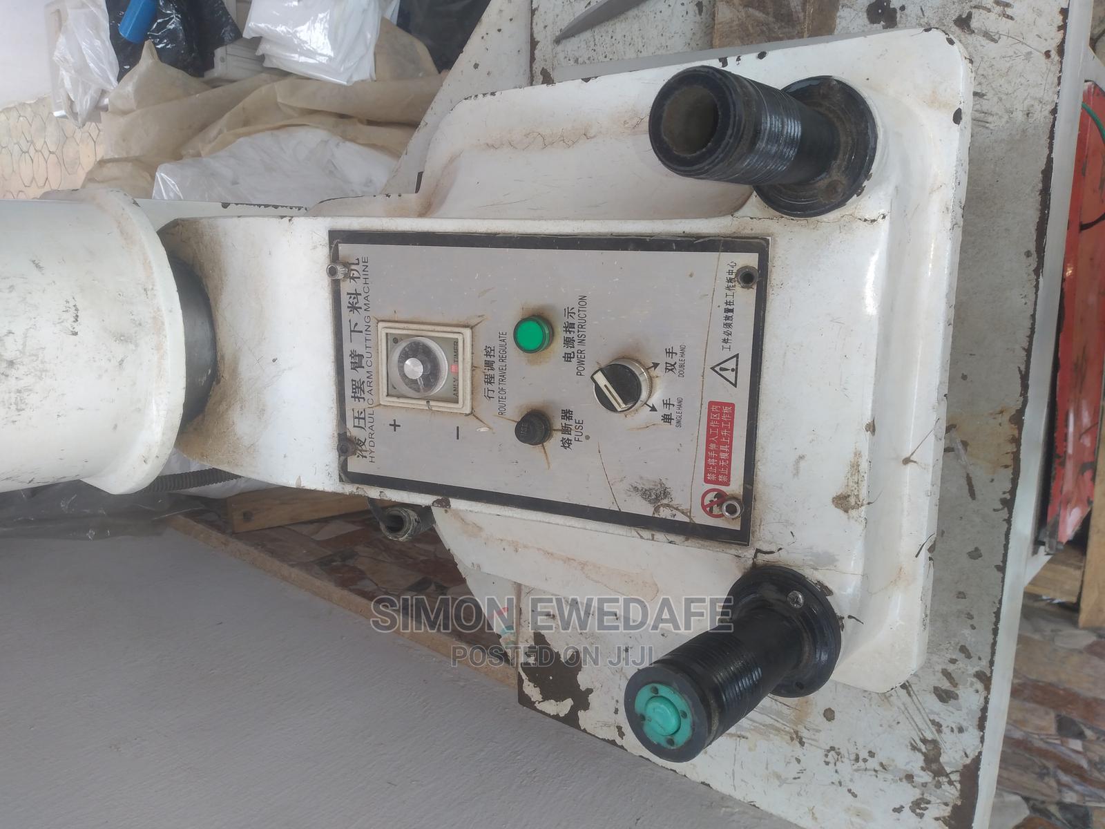 Archive: Hydraulic Arm Puncher and Iceblock Machine