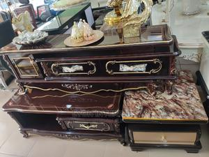 Quality Glass Royal Tv Stand and Centre Table | Furniture for sale in Lagos State, Lekki