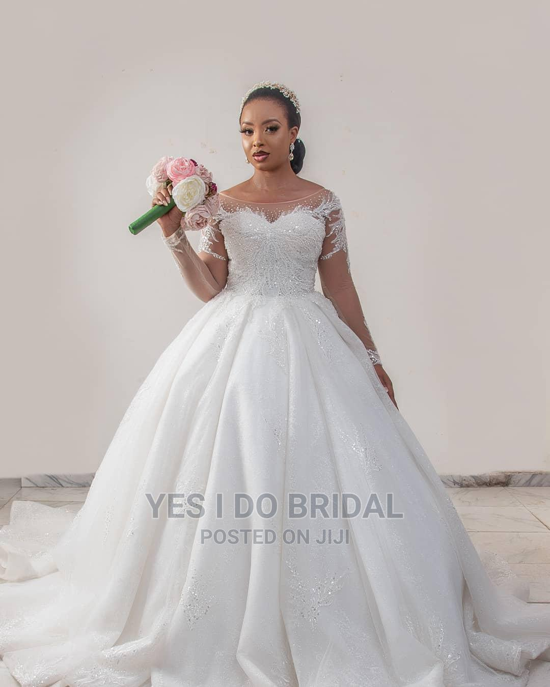 Archive Luxury Wedding Gown on Rent 18K + 18 Free Bridal ...