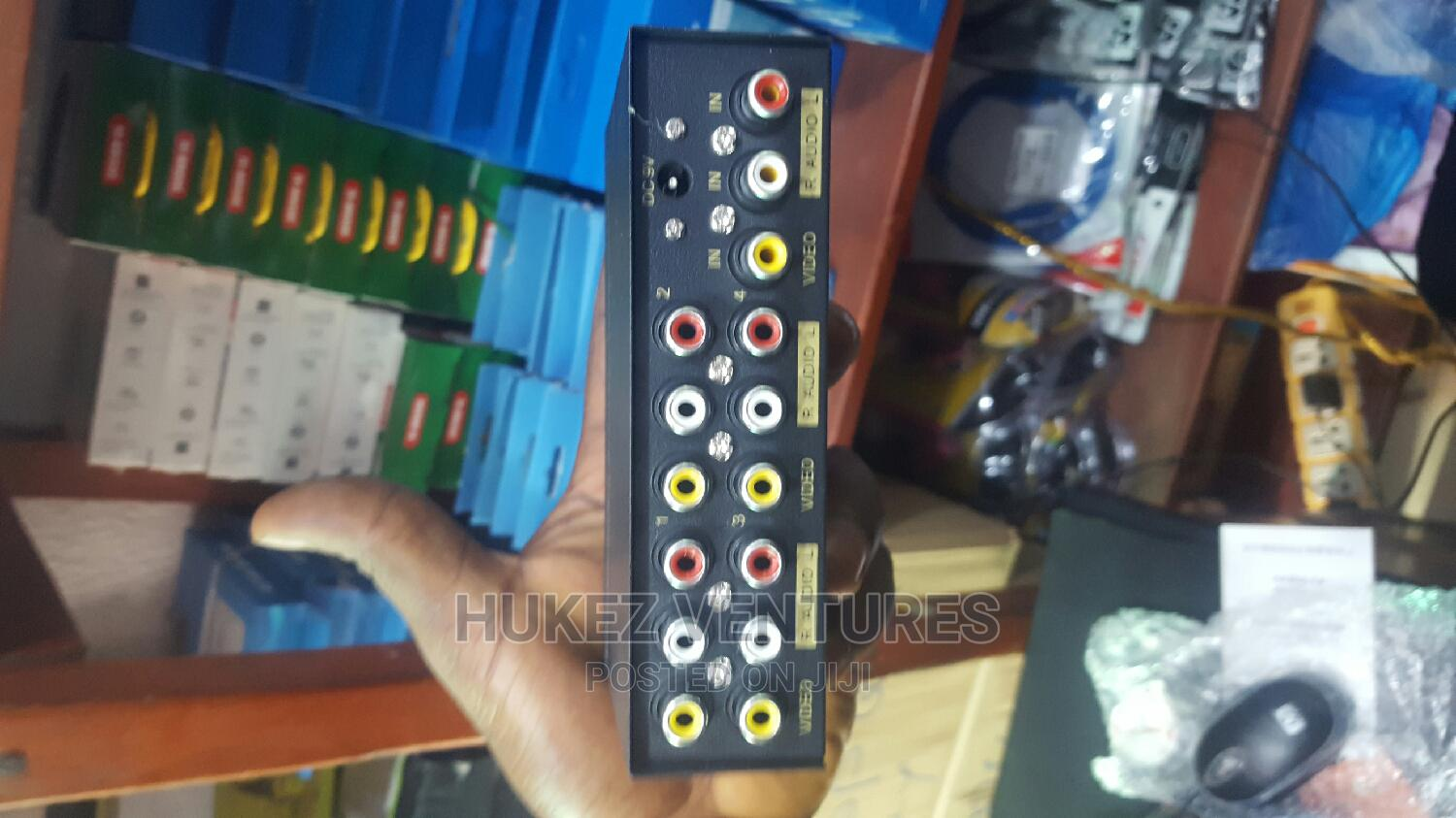 4ports Video Audio (AV) Splitter | Accessories & Supplies for Electronics for sale in Ikeja, Lagos State, Nigeria