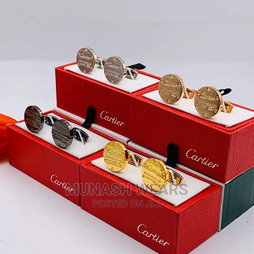 Classic Cartier Cuflins