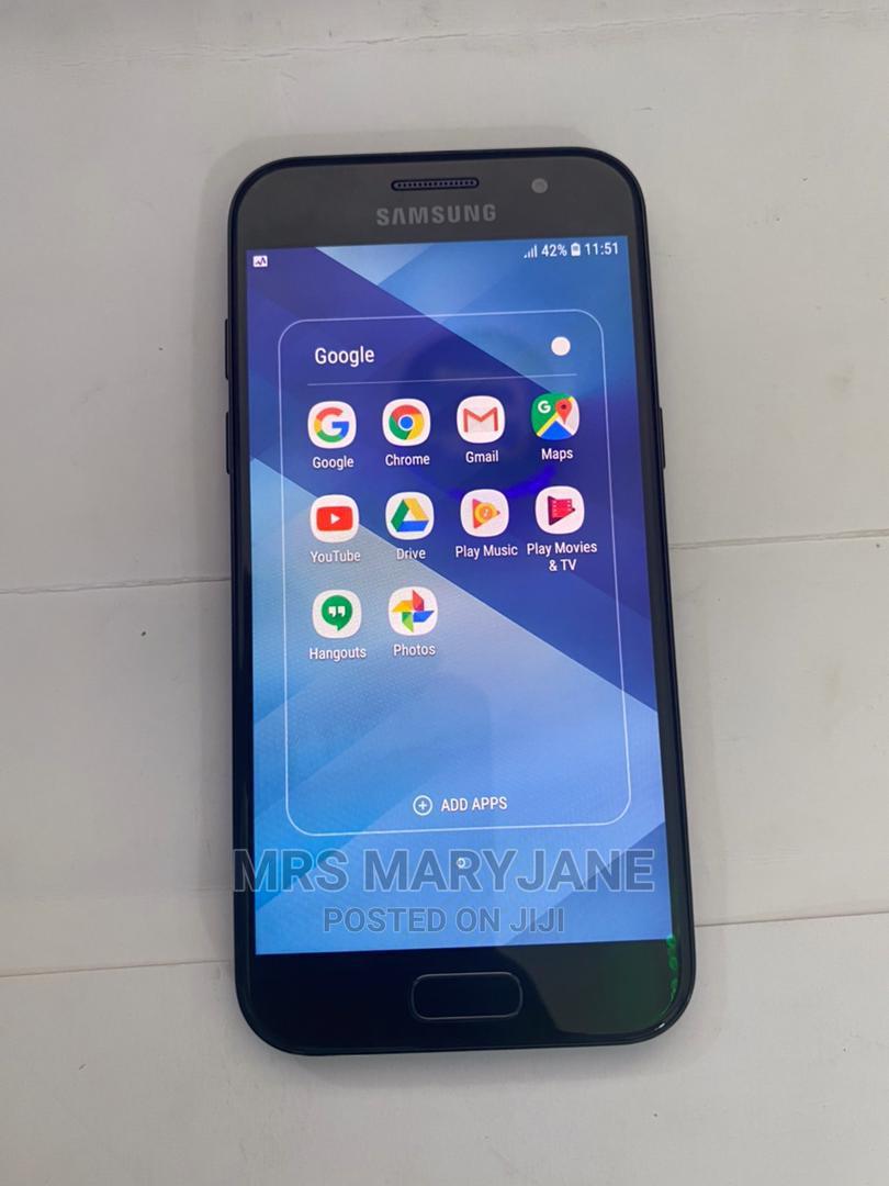Samsung Galaxy A3 16 GB Black