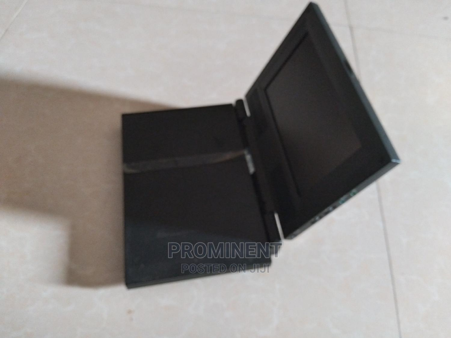 Archive: Sony Playstation 2 Slim With Tv Screen + Games Installed