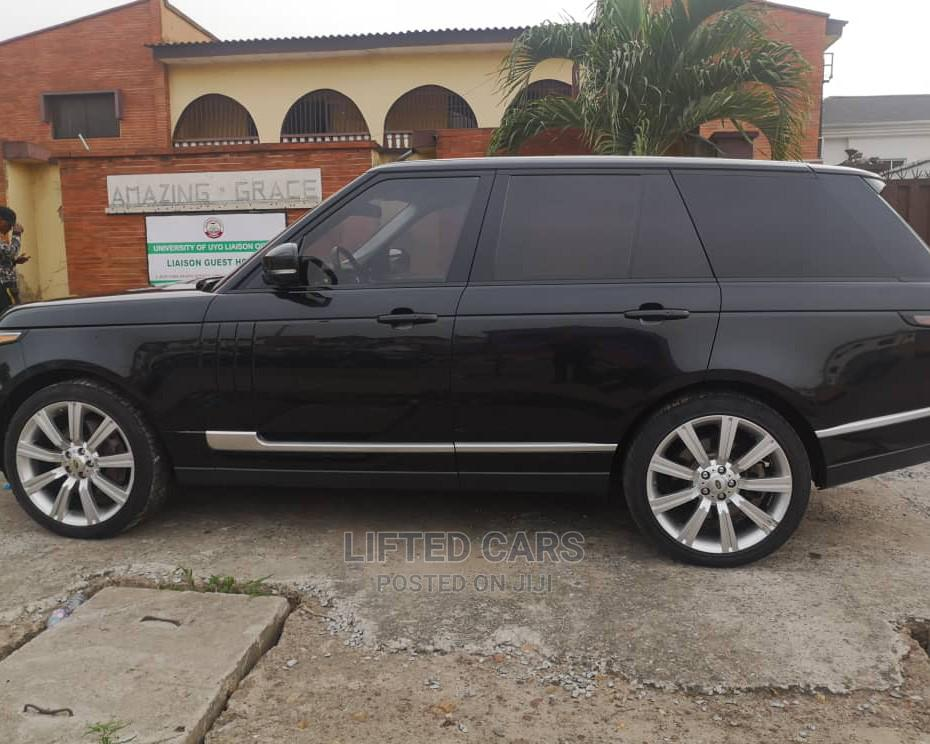 Archive: Land Rover Range Rover Vogue 2015 Black