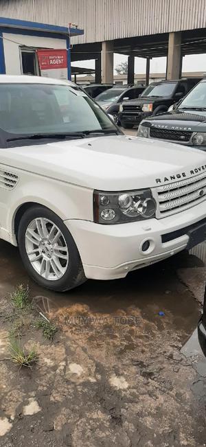 Land Rover Range Rover Sport 2008 4.2 V8 SC White   Cars for sale in Lagos State, Apapa