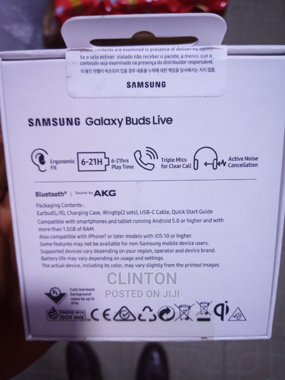 Archive: Samsung Galaxy Buds Live