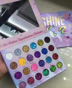 Glitter Pallet   Makeup for sale in Lagos State, Ojo