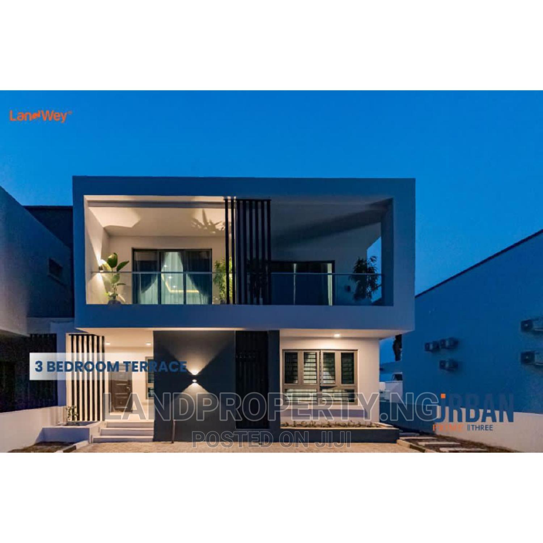 Beautiful 3 Bedroom Terrace With Studio Apartment