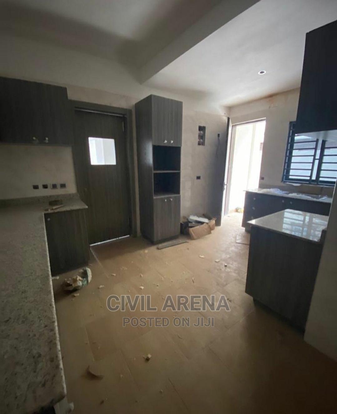 4 Bedroom Duplex for Sale at Lekki Phase 1 | Houses & Apartments For Sale for sale in Lekki Phase 1, Lekki, Nigeria