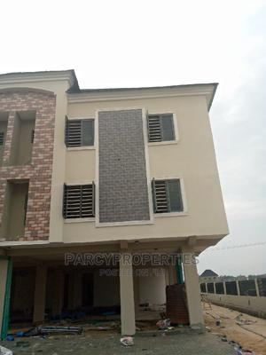 Fully Serviced 3 Bedroom Apartment Upstairs   Houses & Apartments For Sale for sale in Lekki, Lekki Phase 1