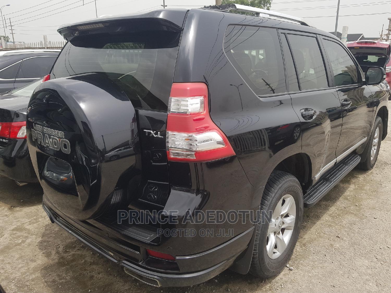 Archive: New Toyota Land Cruiser Prado 2018 VXR Black