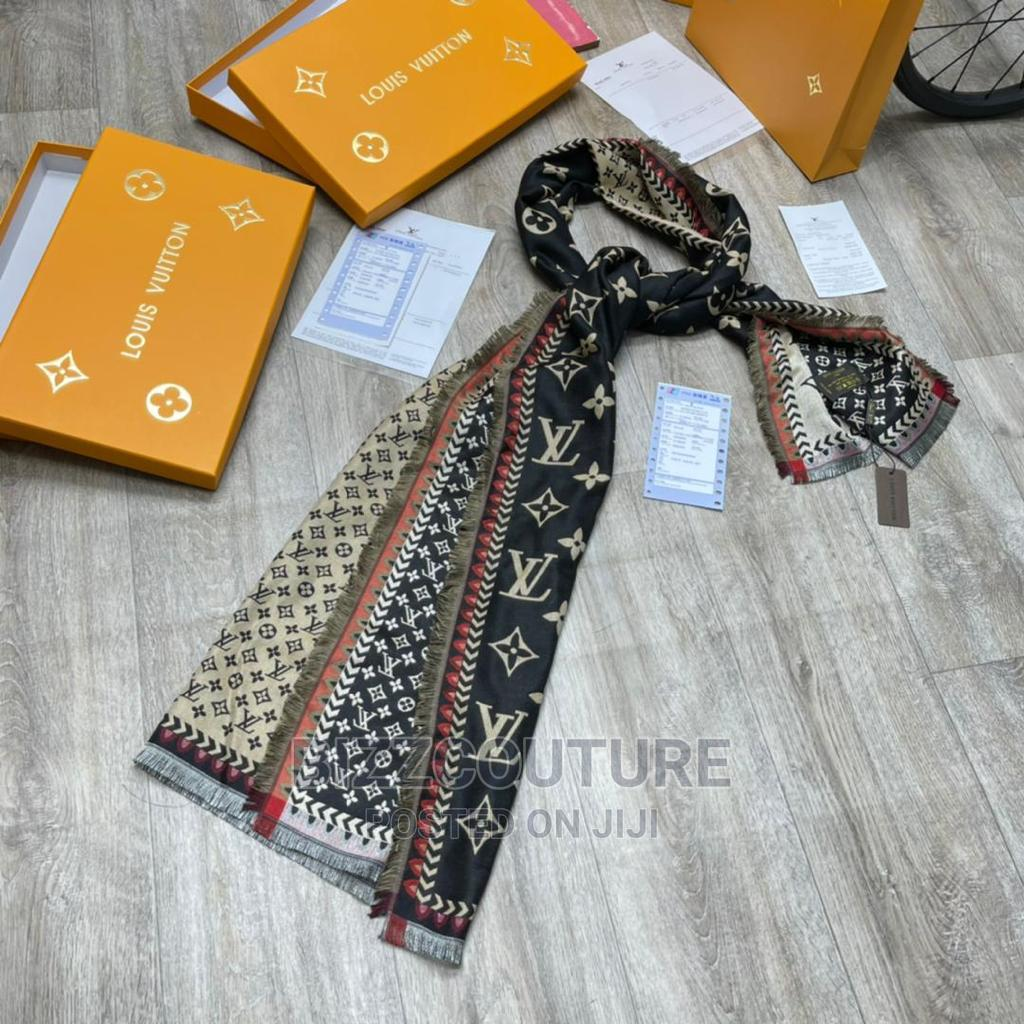 High Quality Louis Vuitton Scarves for Women