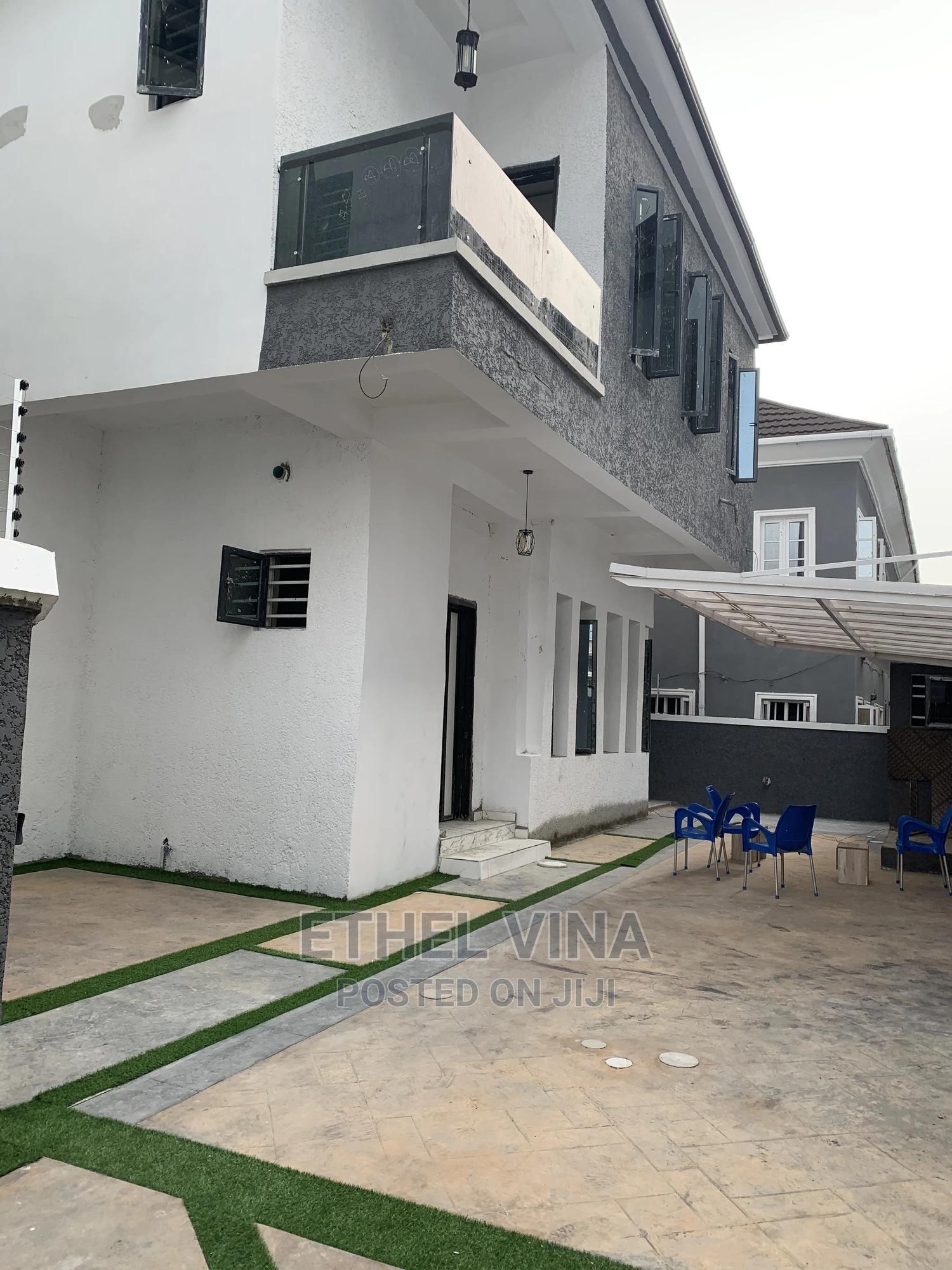 5 Bedrooms Duplex for Sale Lekki