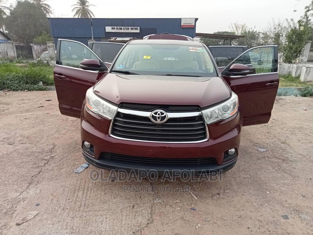Archive: Toyota Highlander 2015 Brown