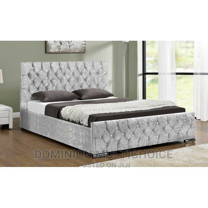 Upholstery Bed 6x6