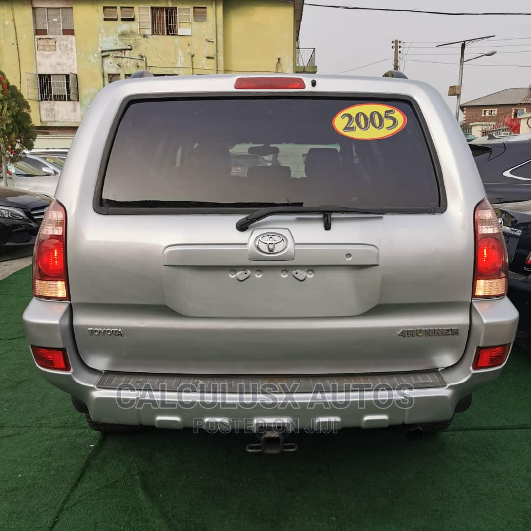 Toyota 4-Runner 2005 Limited V6 4x4 Silver | Cars for sale in Ilupeju, Lagos State, Nigeria