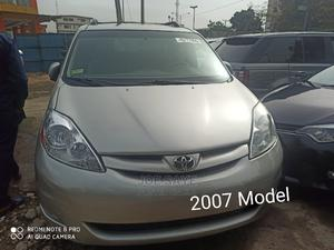 Toyota Sienna 2007 XLE 4WD Silver | Cars for sale in Lagos State, Ikeja