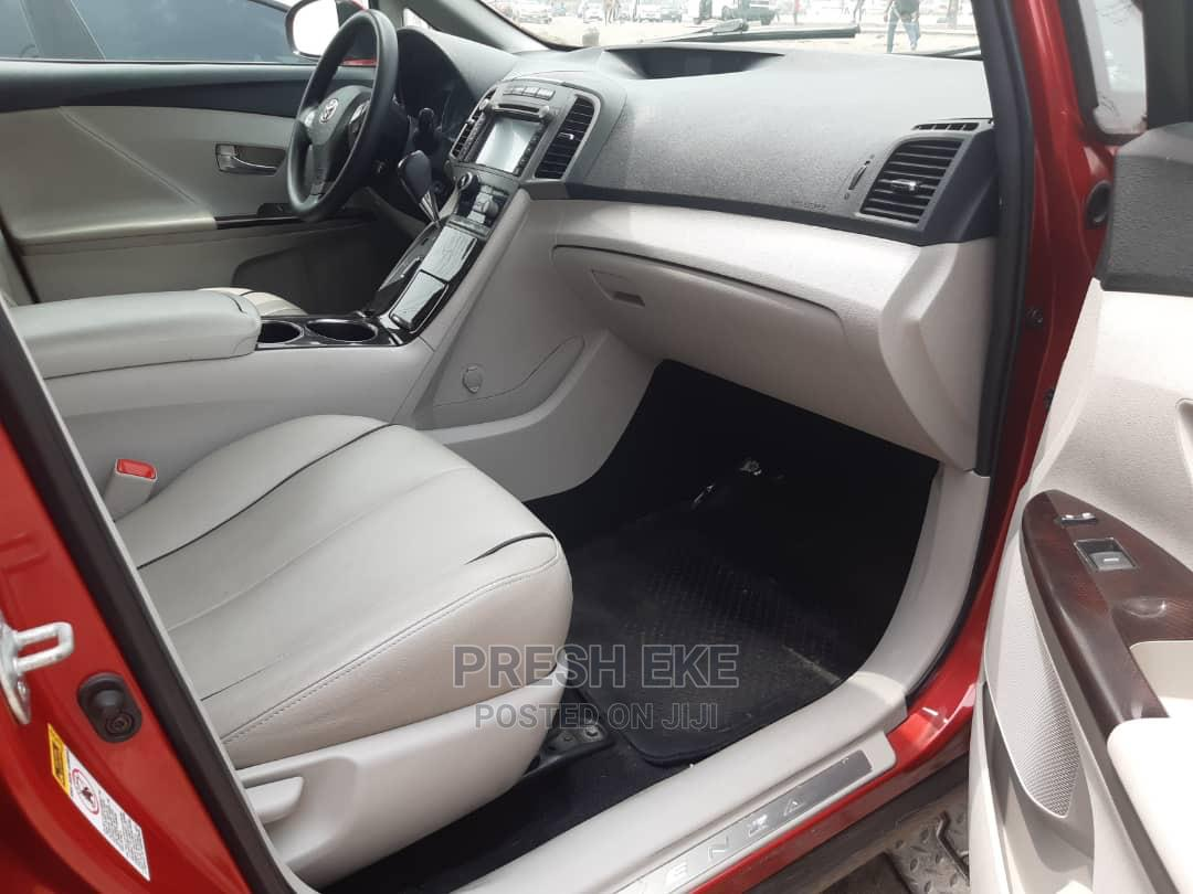 Archive: Toyota Venza 2011 Red