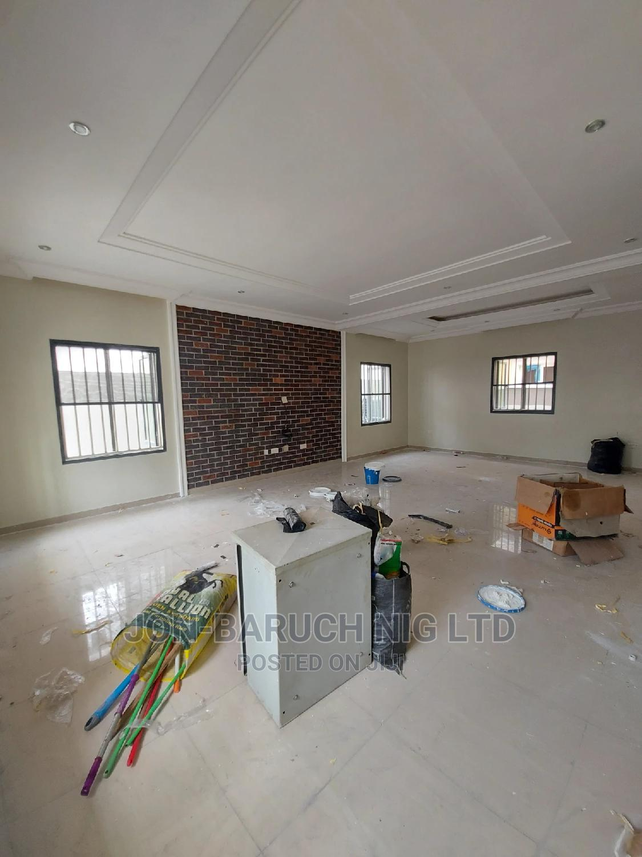 4 Bedrooms Duplex for Sale in Estate, Lekki Phase 1   Houses & Apartments For Sale for sale in Lekki Phase 1, Lekki, Nigeria