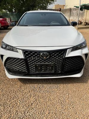 Toyota Avalon 2019 White | Cars for sale in Abuja (FCT) State, Central Business District