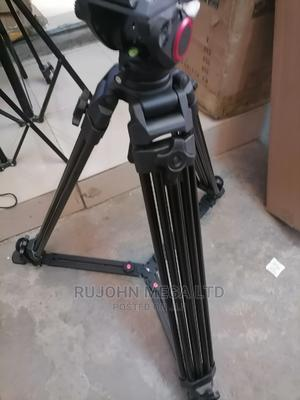 Professional 15kg Fluidhead Camera Tripod for Heavy Camera | Accessories & Supplies for Electronics for sale in Lagos State, Ojo