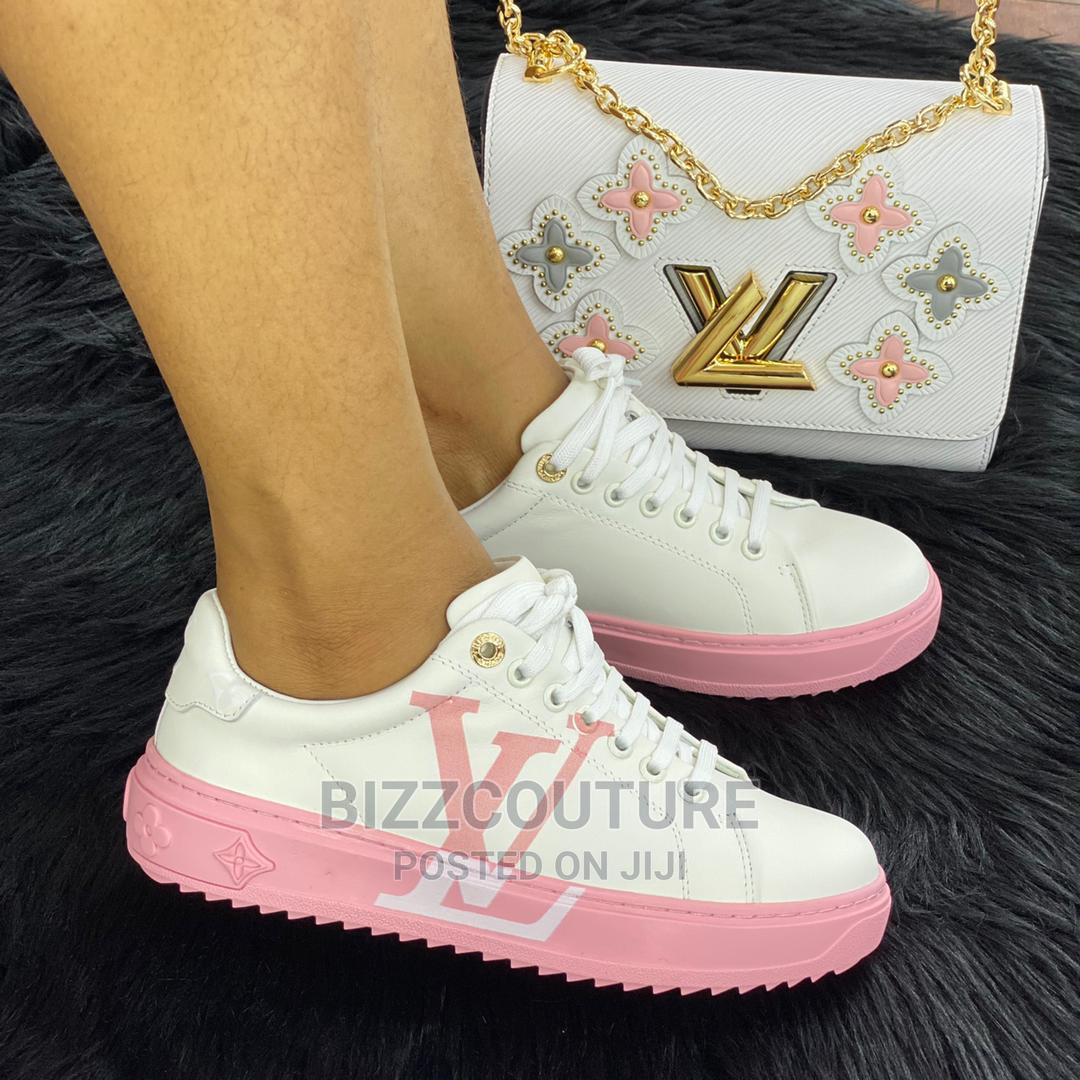 High Quality Louis Vuitton Female Sneakers