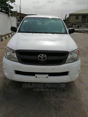 Toyota Hilux 2007 2.0 VVT-i White   Cars for sale in Lagos State, Isolo