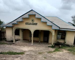 4bedroom Bungalow for Sale | Houses & Apartments For Sale for sale in Cross River State, Calabar