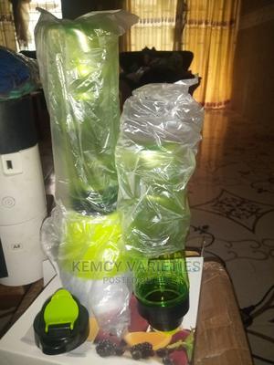 Shake N Take Smoothie Maker Juice Mini Blender 2 Bottles   Kitchen Appliances for sale in Lagos State, Abule Egba