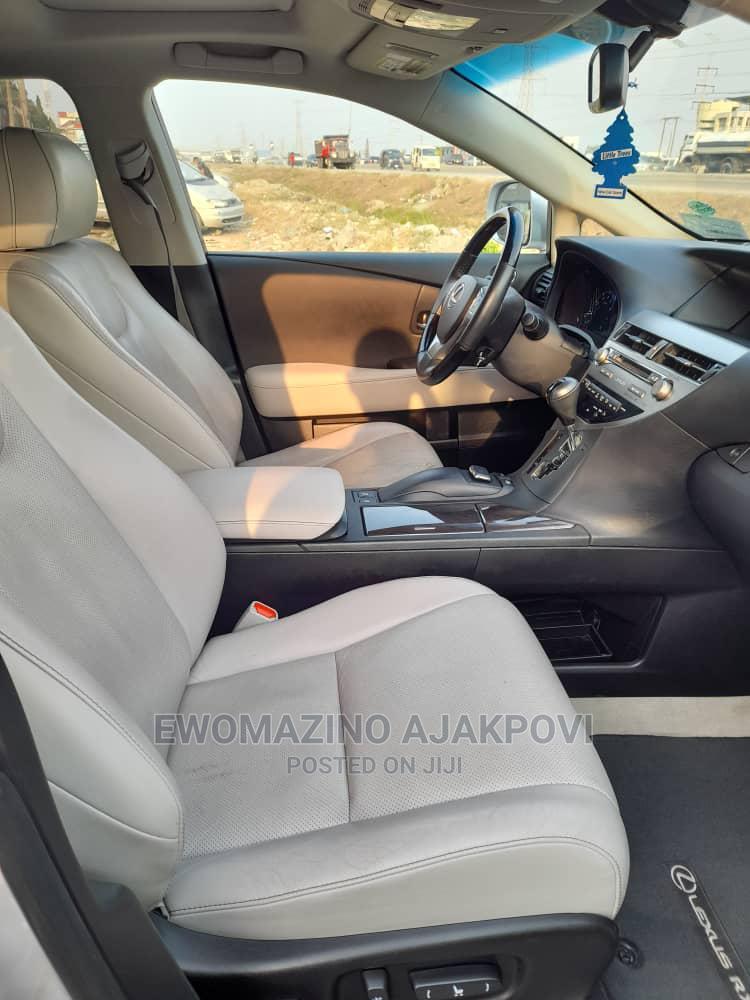 Archive: Lexus LX 2015 Silver