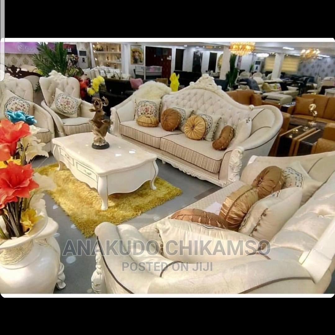 Archive: Luxirious White Sofa Chair With Center Table