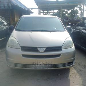Toyota Sienna 2005 LE AWD Gold | Cars for sale in Lagos State, Amuwo-Odofin