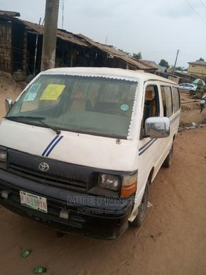 Toyota Hiace 2001 White | Buses & Microbuses for sale in Lagos State, Ojodu