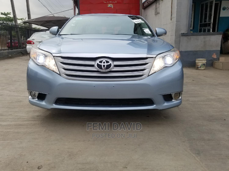 Archive: Toyota Avalon 2012 Blue
