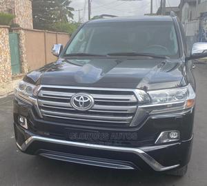 Toyota Land Cruiser 2016 5.7 V8 VXR Black | Cars for sale in Lagos State, Isolo
