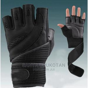 Gym Gloves   Sports Equipment for sale in Lagos State, Ogudu