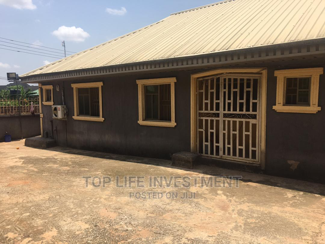Furnished 3bdrm Block of Flats in Amagba Community, Benin City | Houses & Apartments For Sale for sale in Benin City, Edo State, Nigeria