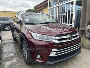 Toyota Highlander 2017 XLE 4x4 V6 (3.5L 6cyl 8A) | Cars for sale in Lagos State, Surulere
