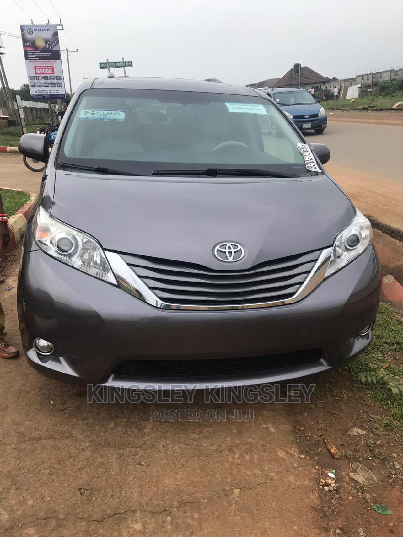 Toyota Sienna 2012 XLE 8 Passenger Gray