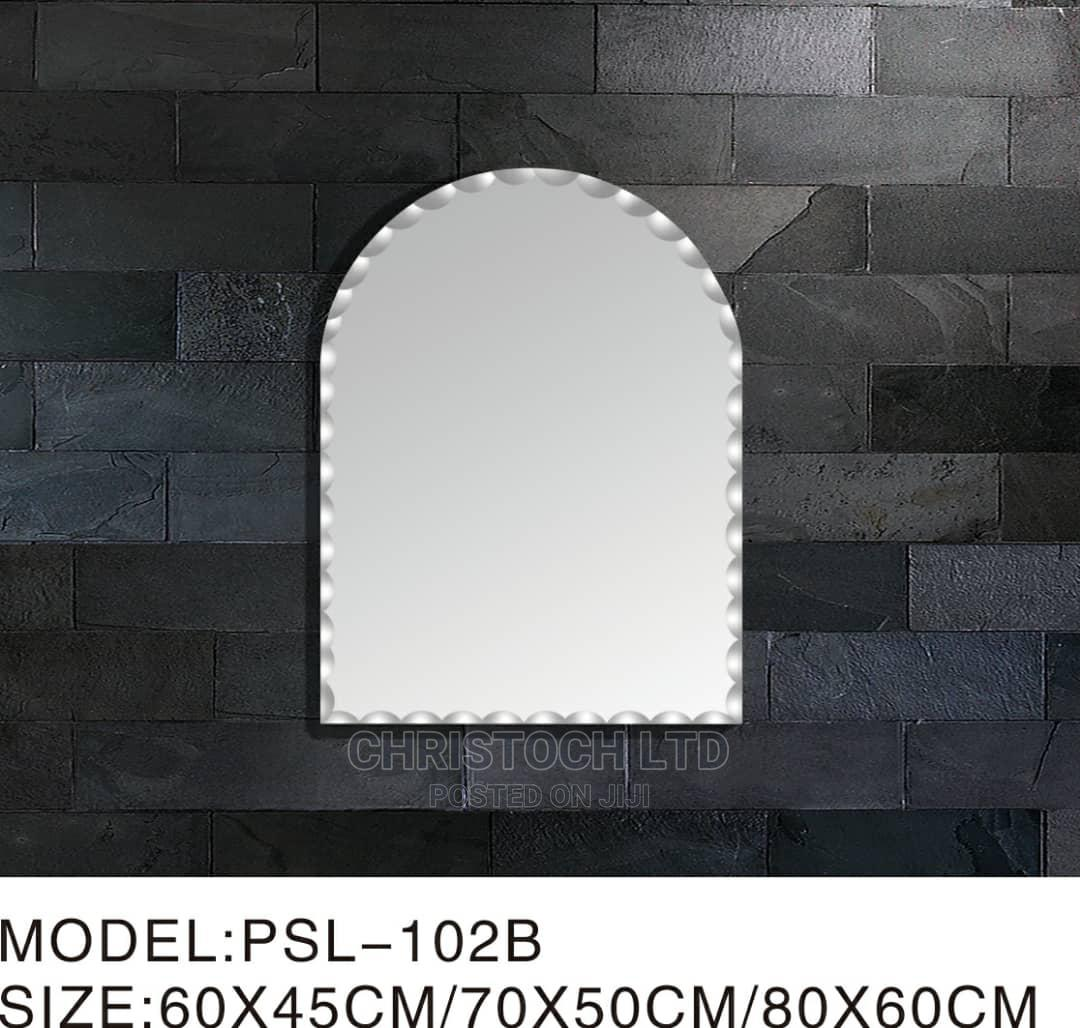 Plain Mirror U Shape